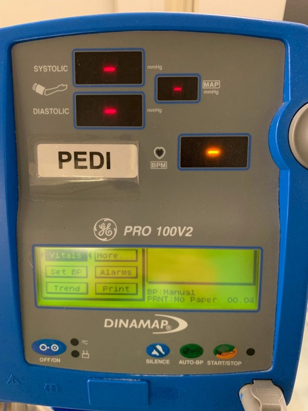 GE Dinamap Pro Series 100 V2