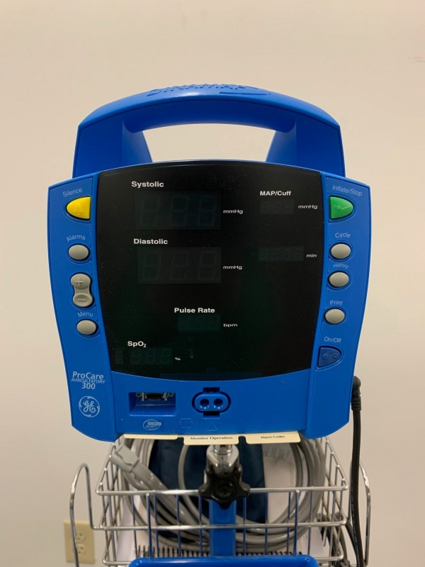 GE Dinamap Procare Auscultatory 300 BP Monitor
