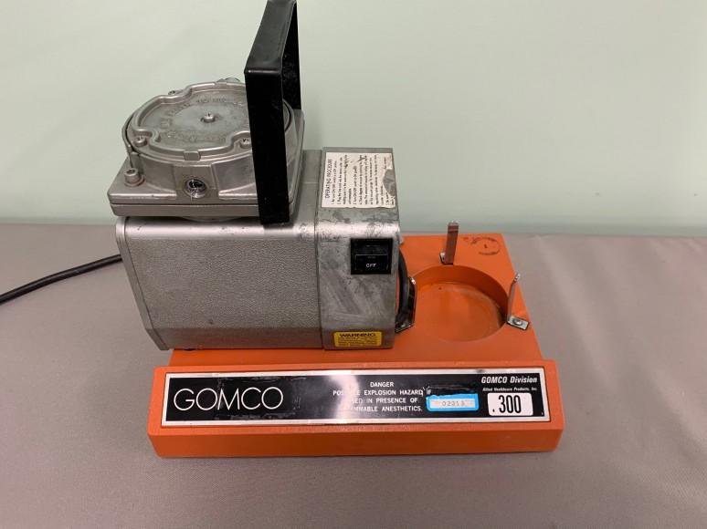 QTY: 3 - GOMCO Model 300 Tabletop Portable Aspirator