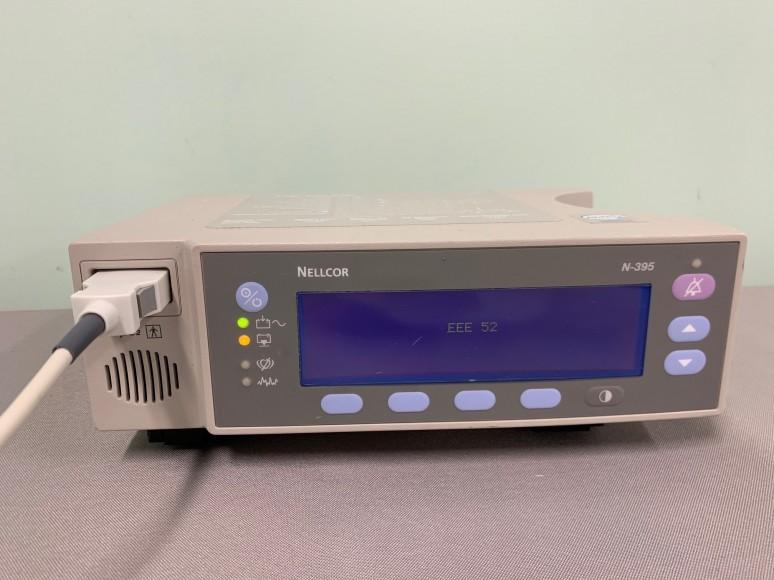QTY: 4 - NELLCOR N-395 Oximeter - Pulse